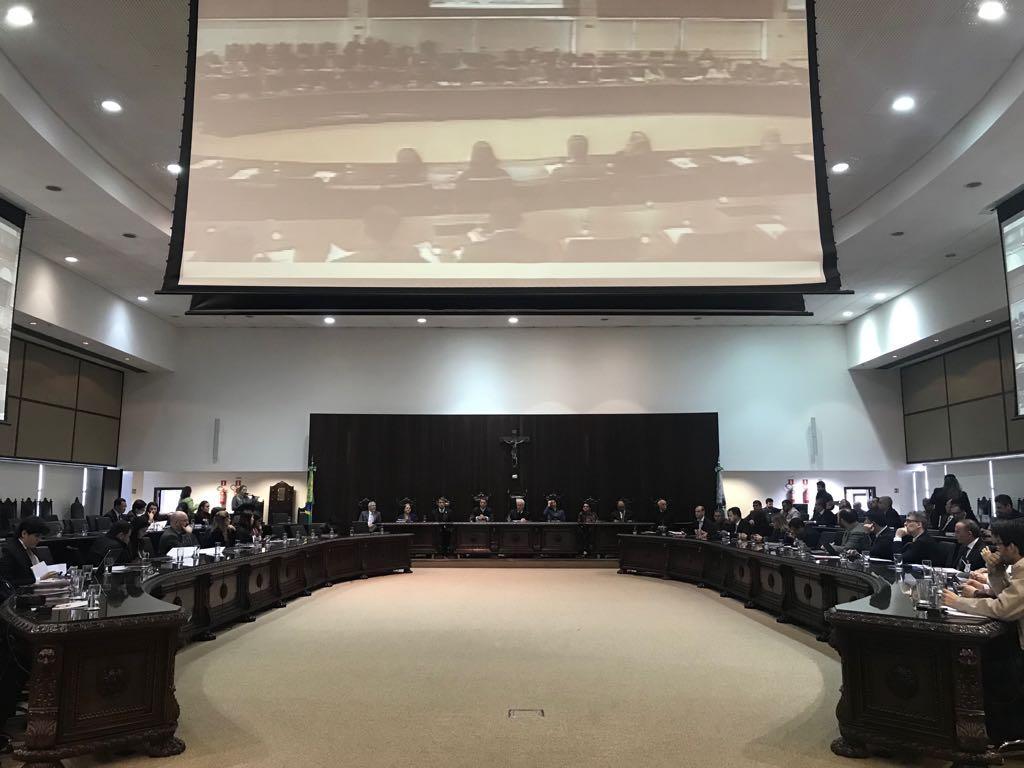 Representantes dos Tribunais de Justiça discutem alternativas para o cumprimento da Resolução 219/2016