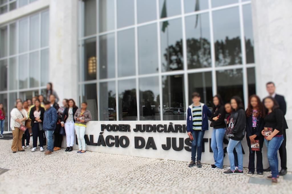 Primeira turma do Programa Jovens Promissores em Ibaiti participa de atividades em Curitiba