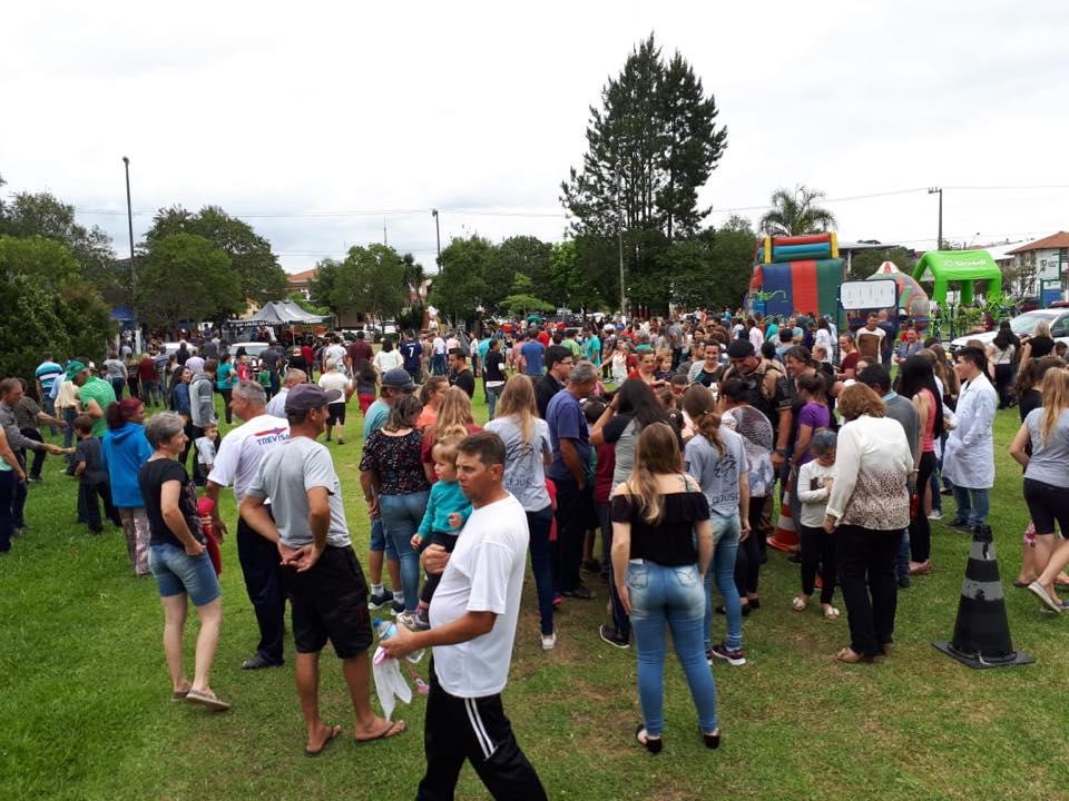 """Projeto """"Amigos do Povo"""" atende mais de 2.500 pessoas em Mallet"""