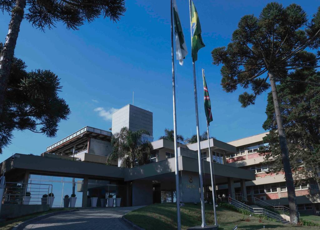 Tribunal Pleno definiu advogados que concorrerão às vagas de membros do TRE-PR