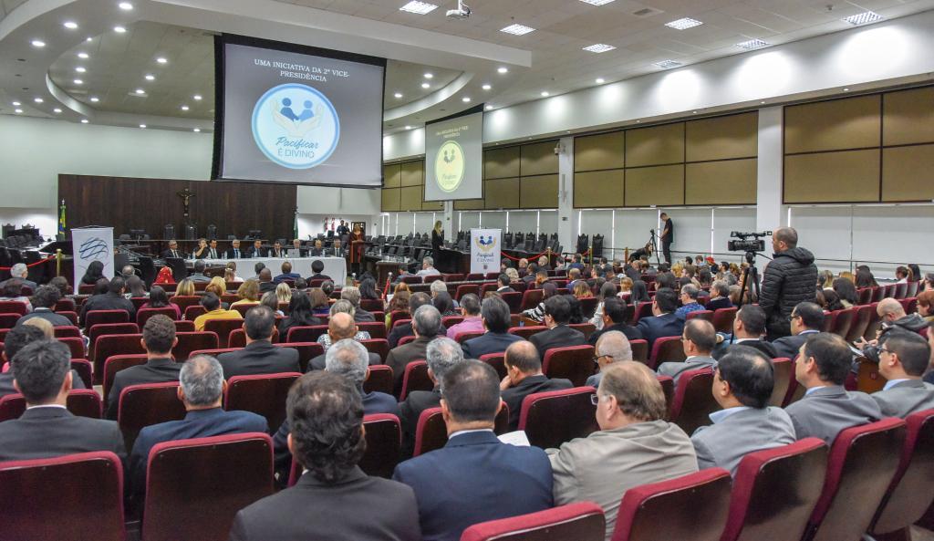 """""""Pacificar é Divino"""" reuniu mais de 200 participantes em prol da diminuição de conflitos sociais"""