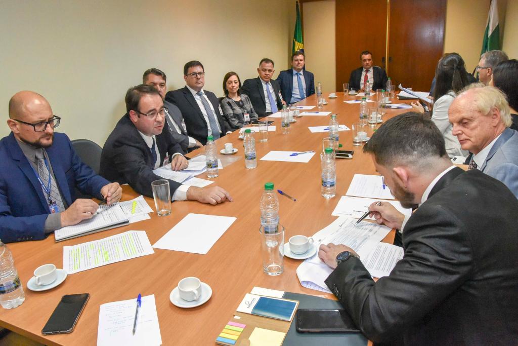 2ª Vice-Presidência promove mediação para construir acordo coletivo entre representantes da Petrobrás, de pescadores e de marisqueiros de Paranaguá e Antonina