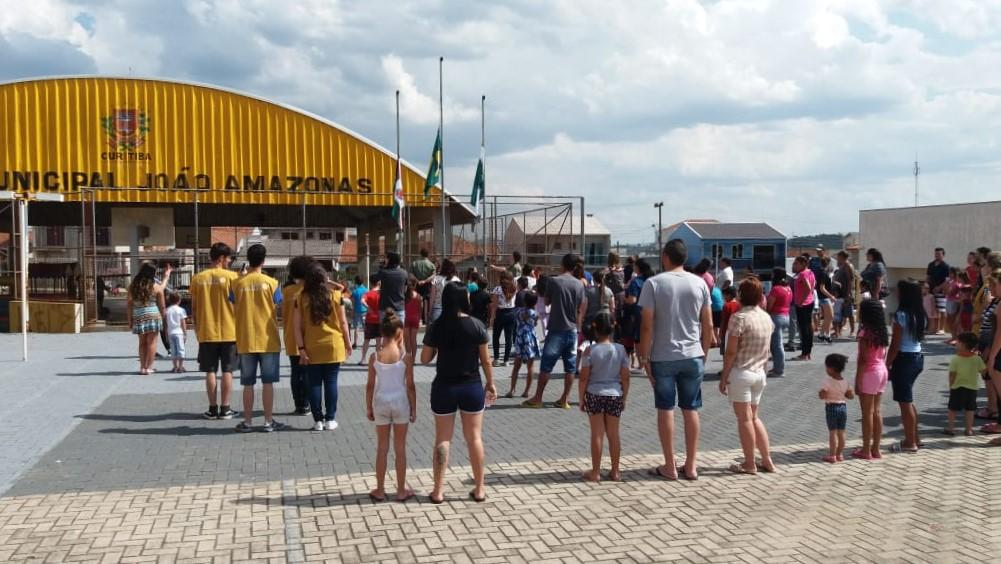 """Programa """"Justiça e Cidadania também se Aprendem na Escola"""" desenvolve ação de cidadania em escola da rede pública de Curitiba"""