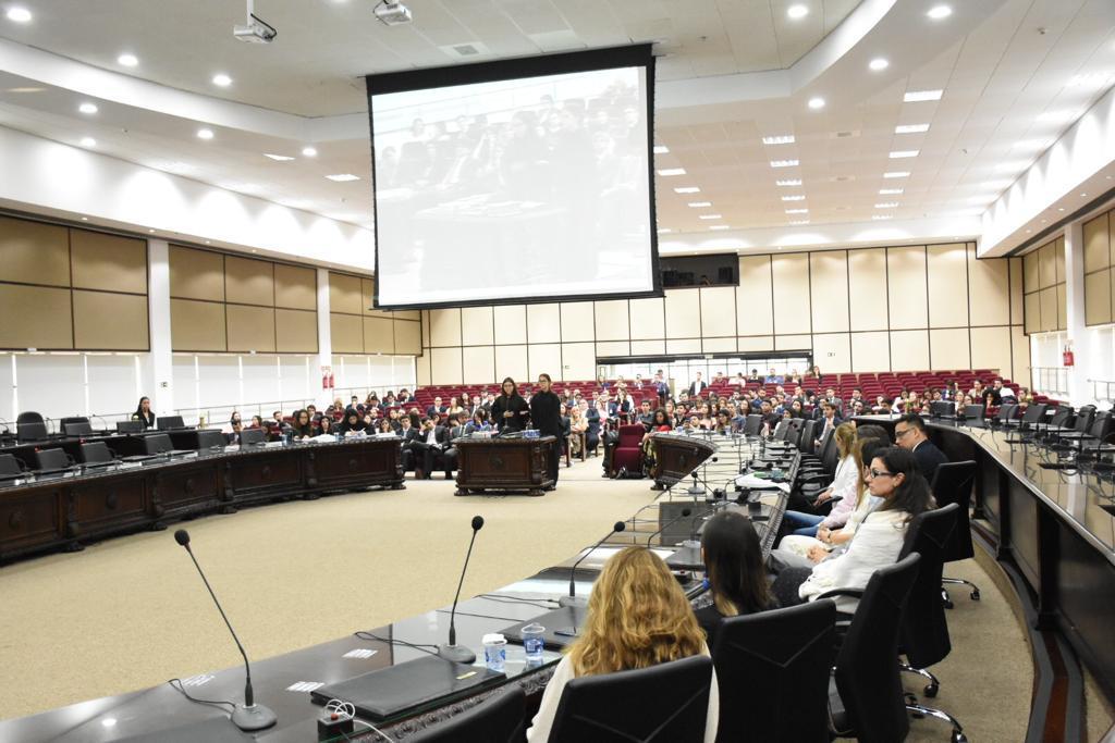 TJPR recebe participantes da 2ª Competição Brasileira de Processo Civil