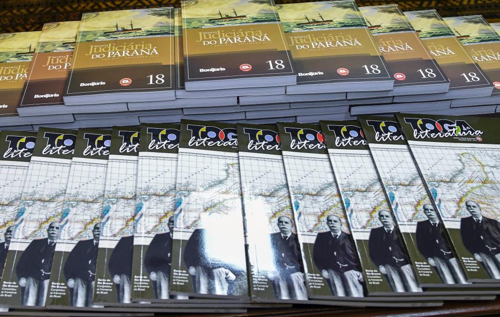 Novas edições dos periódicos 'Revista Judiciária do Paraná' e 'Toga e Literatura' são lançadas no TJPR