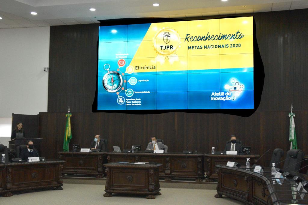 TJPR entrega certificado às unidades judiciárias que cumpriram metas do CNJ