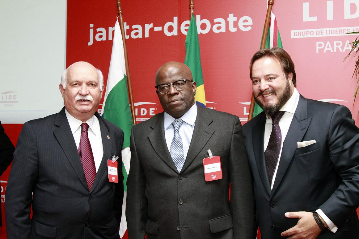 Presidente do TJ participa do jantar/debate com Joaquim Barbosa