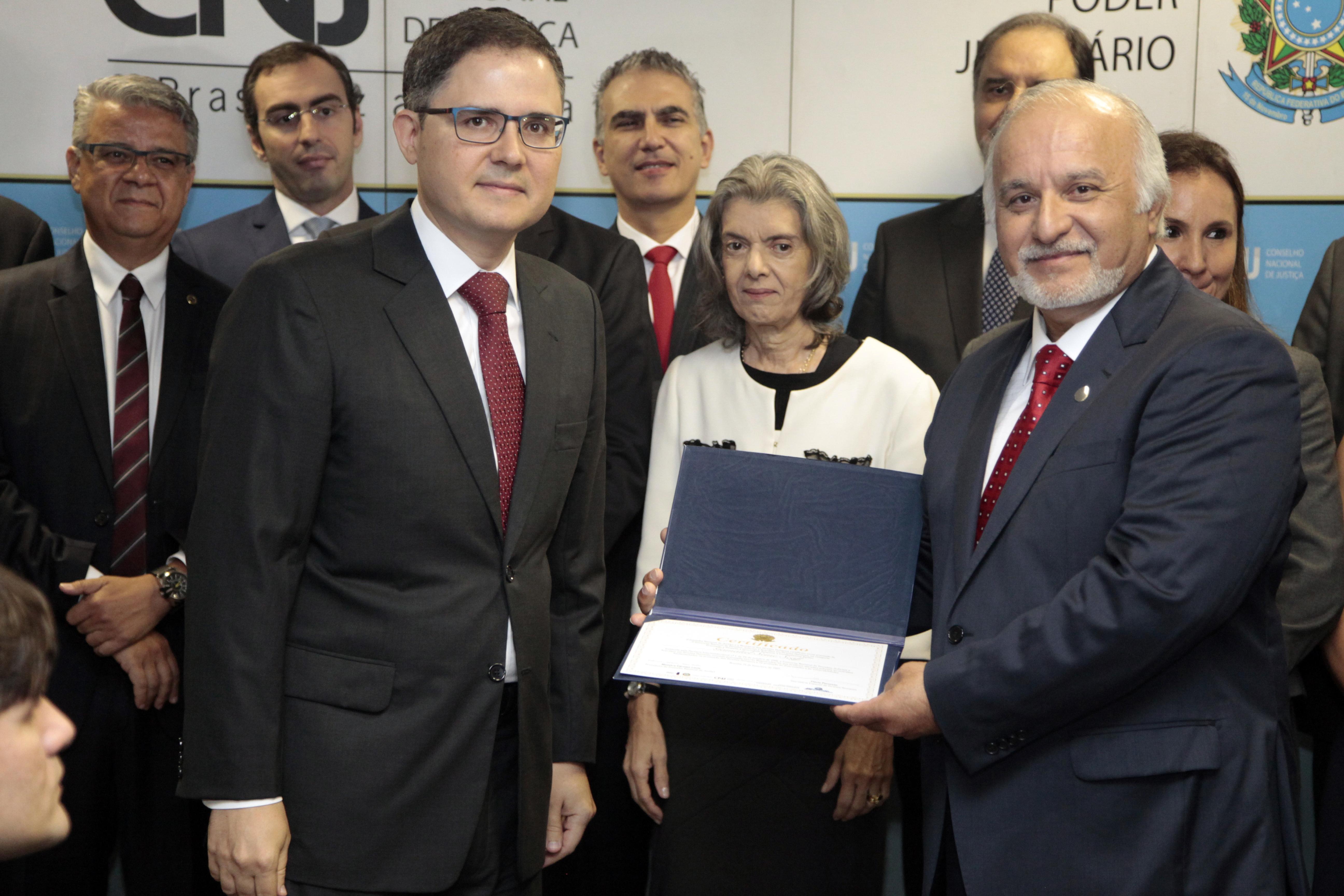 Desembargador Gamaliel recebe prêmio do CNJ e da Secretaria Especial de Direitos Humanos